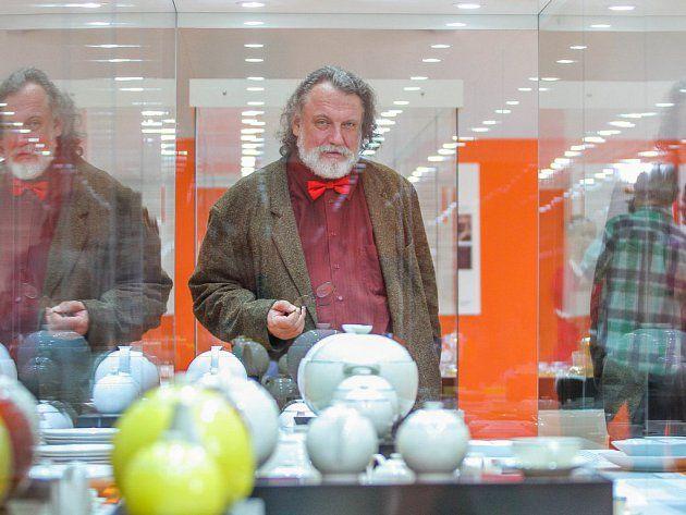 Josef Mištera, děkan Fakulty designu a umění Ladislava Sutnara, je tím, kdo stojí za projektem návratu Sutnarova duchovního odkazu do rodné Plzně