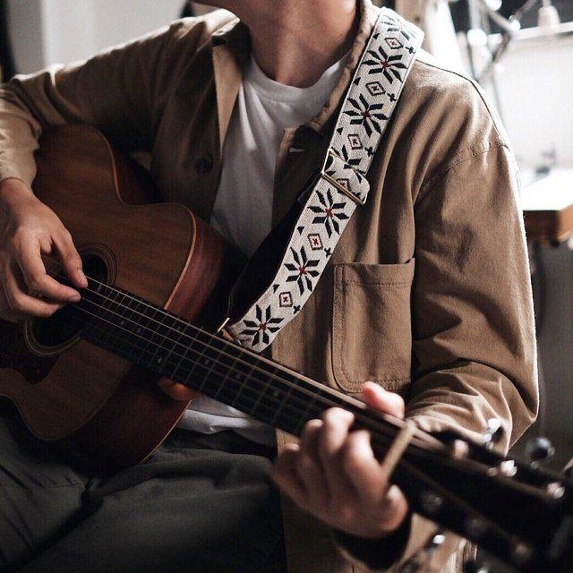 White Woven Guitar Strap Etsy Guitar Boy Music Aesthetic Guitar Strap