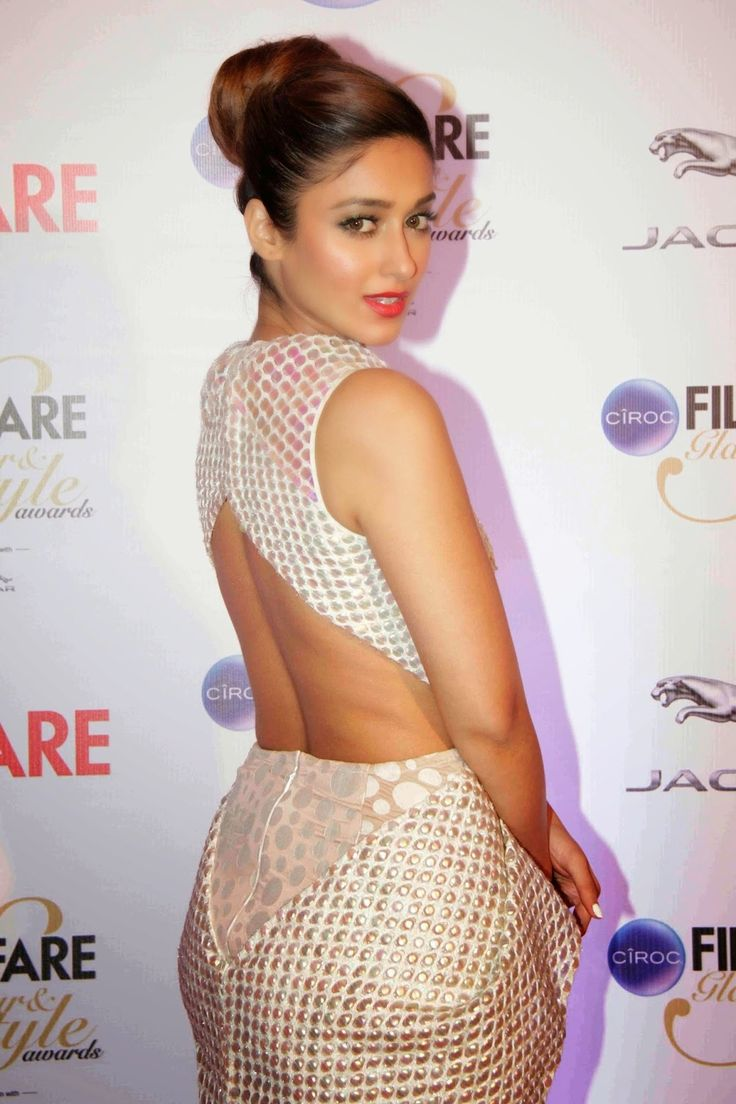 Indian Girls Villa: Ileana D'Cruz Stills At Ciroc Filmfare Glamour And Style Awards 2015