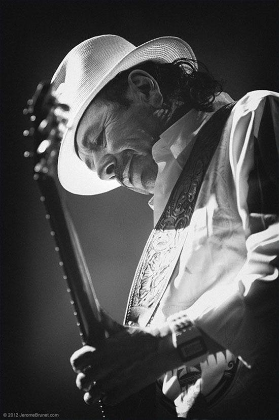 Эмоциональные фотографии знаменитых музыкантов, сделанные фотографом и гитаристом Жеромом Брюнет Jerome Brunet Photography. Энергетика снимков такая, что сам ощущаешь себя на сцене! Смотрим на Photodzen.com #jeromebrunet #rockphotos #musicphotos #photography #photodzen