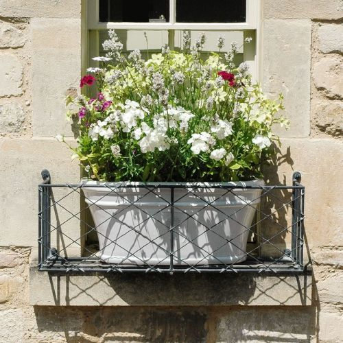 Kitchen Garden Box With Wire Top: 81 Best Images About Metal Window Boxes On Pinterest