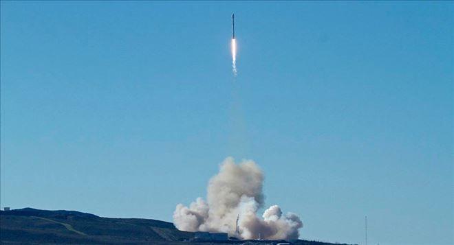 YENİ DÜNYA GÜNDEMİ ///  SpaceX ilk kez ABD ordusu için casus uydu fırlattı