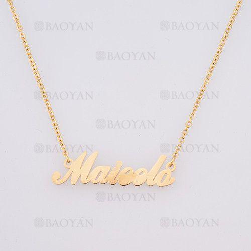 collar con nombre maieda en acero dorado inoxidable - SSNEG384247