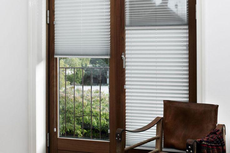 Faber Plisségardin - model 131, sæt din gardin hvor du vil i vinduet (frit placeret).