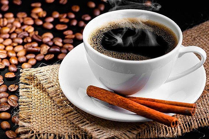 Любители кофе, эта новость для вас! Ученые доказали: кофеин вовсе не влияет на сердечный ритм – не замедляет его и не ускоряет. И, соответственно, нет никакого риска получить от кофе инфаркт или инсульт:  Новое исследование ученых из университета Калифорнии в Сан-Франциско порадует любителей этого бодрящего напитка. А также поклонников продуктов, содержащих кофеин, таких как, например, шоколад, какао и крепкий чай.  По мнению специалистов,