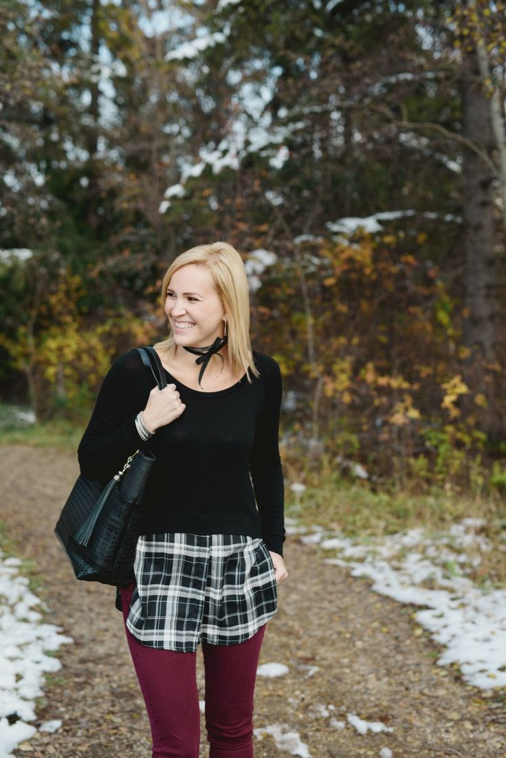 Love this sweater with the plaid detailing! Paired with burgundy skinny jeans makes it the perfect fall outfit