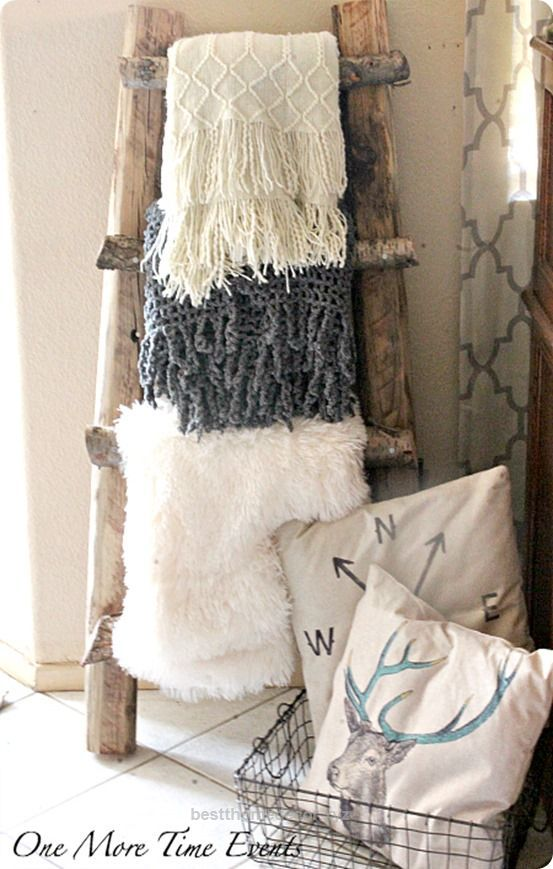 check it out diy home decor make a pottery barn knock off blanket ladder for free using branches from your yard the post diy home decor make a pottery - Wohnzimmer Ideen Keramik Scheune Stil