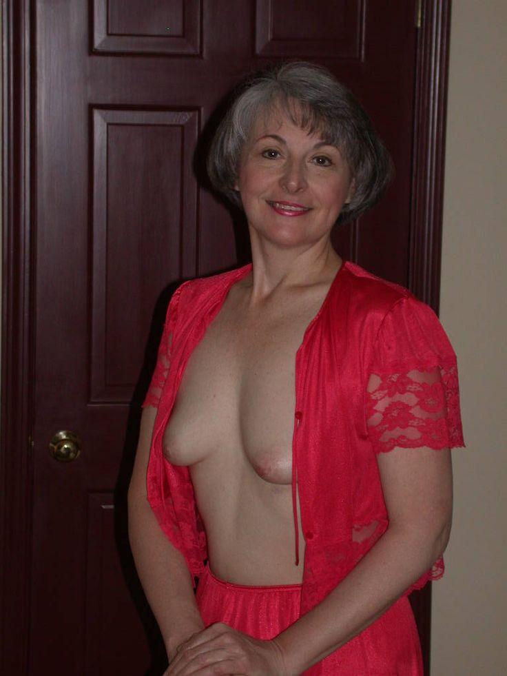 Grannies-Grey-Hair-Addiction  Women Of A Certain Age -9145