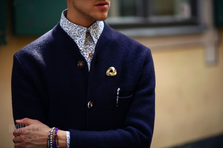 #STREET #FASHION #CASUAL #STYLE #BLOG #ACCESSORIES #JACKET #SHIRT #BUTTONS #PEN #BROOCH #BANGLE