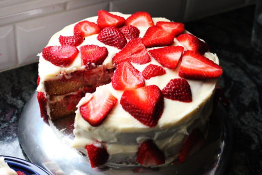 The Pioneer Woman's Strawberry Shortcake Cake — Look for The Pioneer Woman's NEW Cookbook, The Pioneer Woman Cooks: Food from My Frontier (http://amzn.to/SX9pUu), on shelves now! Meanwhile, get started on her delicious Strawberry Shortcake.