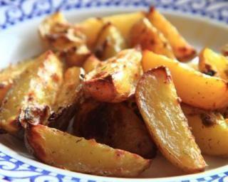 Pommes de terre aillées à la plancha : http://www.fourchette-et-bikini.fr/recettes/recettes-minceur/pommes-de-terre-aillees-a-la-plancha.html
