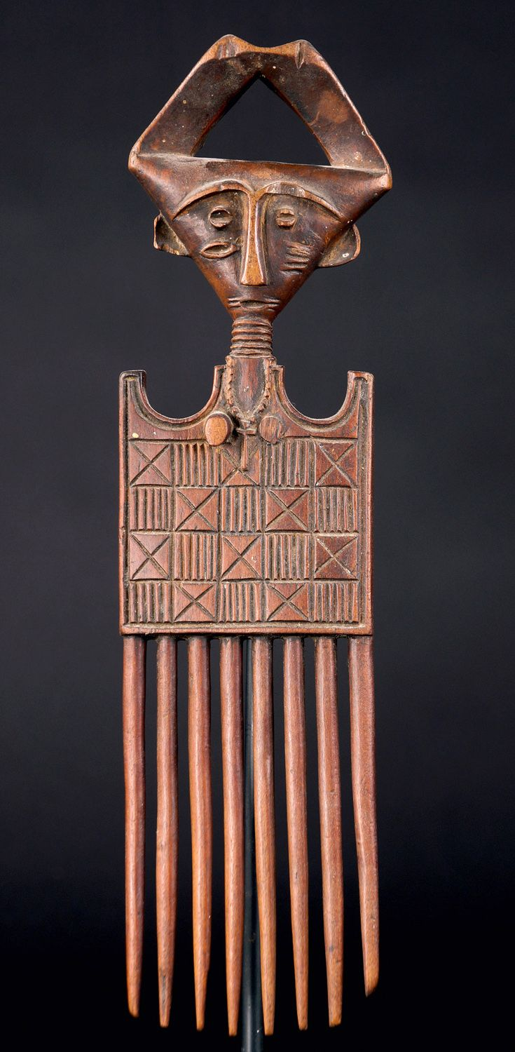 Africa | Comb from the Ashanti people of Ghana | Wood | Mid 20th century