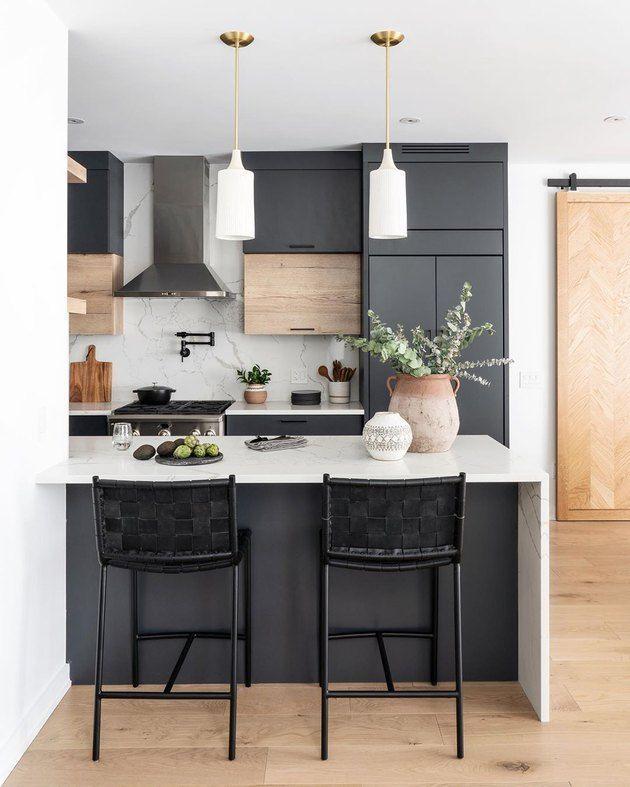 Simple Kitchen Design Ikea Kitchen Design Tool Kitchen Design Tile Contemporary Kitchen Design Very In 2020 Kuchendesign Modern Moderne Kuche Schwarze Kucheninsel