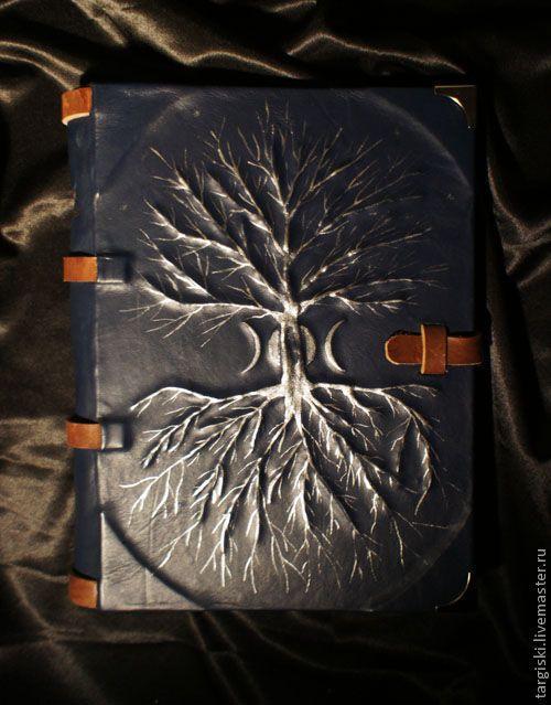 "Купить Книга теней ""Дерево-вход"" - книга теней, гримуар, книга для записей, колдовство, магия"