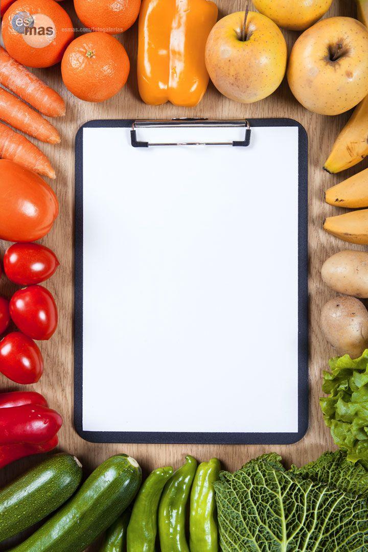 Lleva un registro diario de tus alimentos para que puedas verificar si te estás alimentando de forma balanceada...https://www.facebook.com/comiendoyadelgazandomty?ref=hl