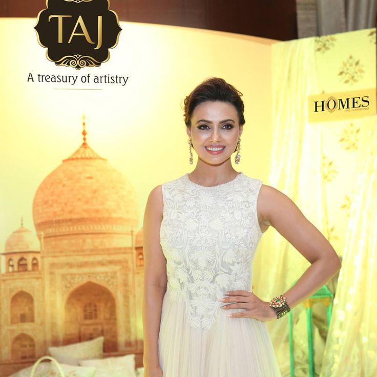 Actress Sana Khan at Taj Santacruz #TajCollection #LaunchParty #HomesFurnishings #HomeDecor #HomeFabricCollection #SanaKhan #BollywoodActress #Actress