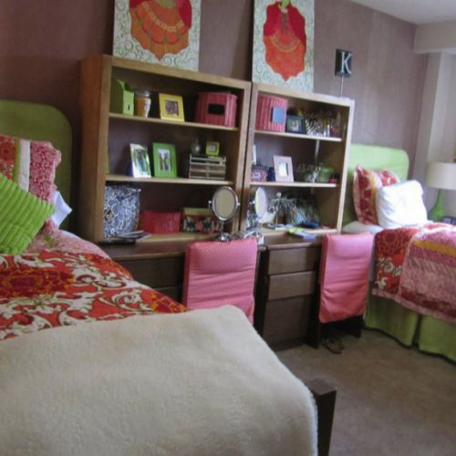 Great colorful design in a Hill room, hope it inspires your color palette! #dominatedecorating  #reshall