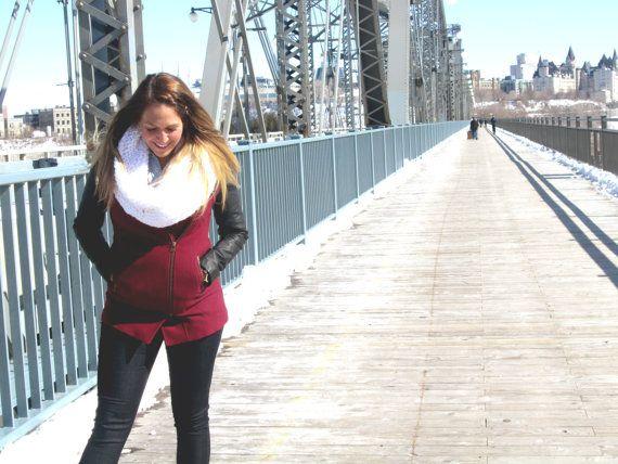 Foulard Infini Blanc  White infinity scarf par echarpesetbelles, $22.00