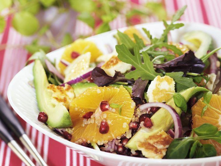 So kommt Farbe auf den Tisch! Bunter Quinoasalat - smarter - Kalorien: 445 Kcal - Zeit: 35 Min. | eatsmarter.de