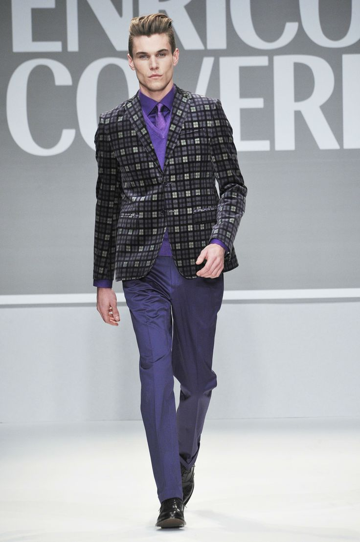 Enrico Coveri FW 2013/2014 collection #Coveri #fashion #catwalk #velvet #jacket #purple