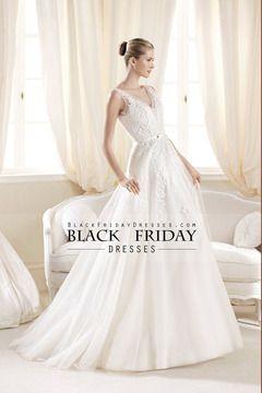 2014 Sassy cuello en V vestido de novia de una línea con apliques de tul barrer de cola USD 219.99 BFPDNGMYRH - BlackFridayDresses.com