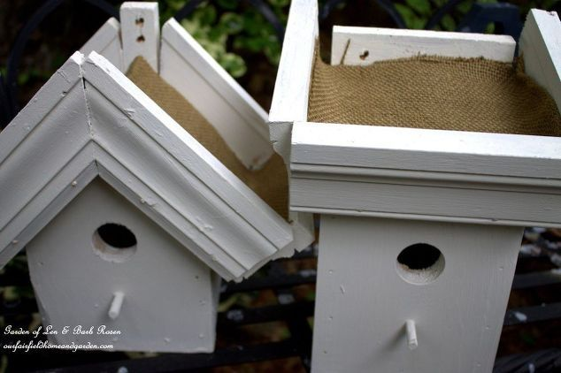 easy diy green roof birdhouses, container gardening, gardening, pets animals, Burlap lines the planting area