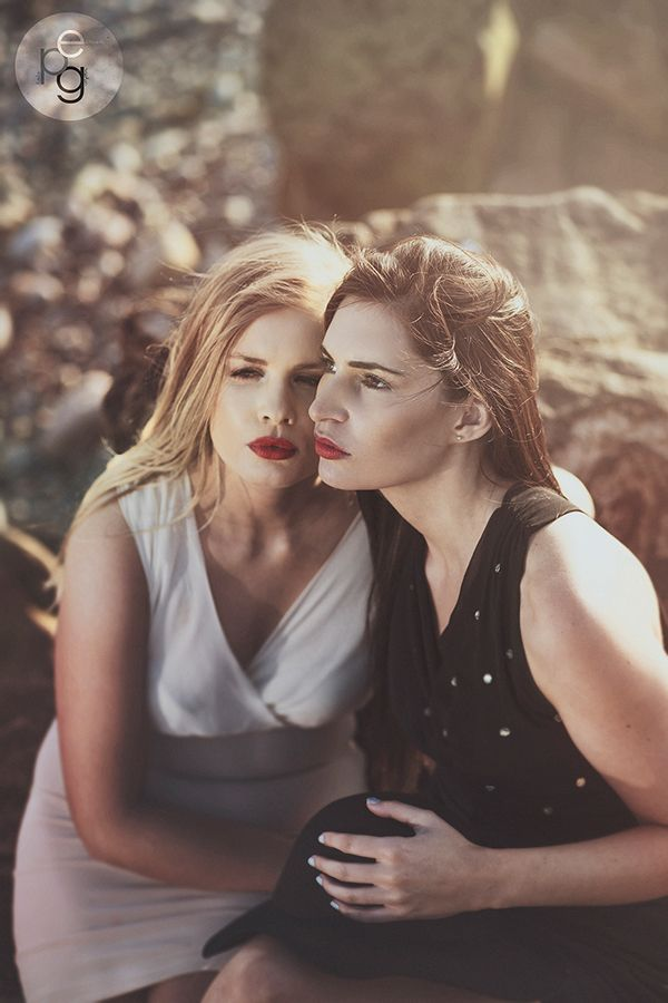 Laura & Sarah * by Eamon Photographic, via Behance