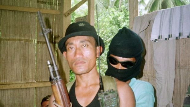 Philippines forces kill 15 Islamist militants in bid to rescue captives Philippine security forces killed at least 15 al-Qaeda-linked Islamist militants in an attempt on Wednesday to rescue foreign captives on a remote southern island an army general said as Manila redoubled an offensive against Muslim rebels.