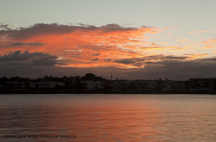 Sunrise over Bulimba