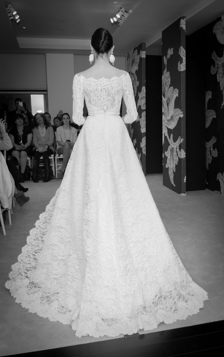 down the aisle #CarolinaHerrera #Spring2015