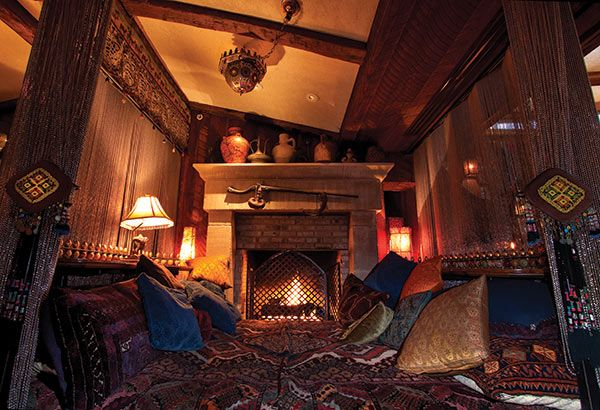 But it's warm by the fire at these cozy spots, ideal for raising a toast and a toddy.