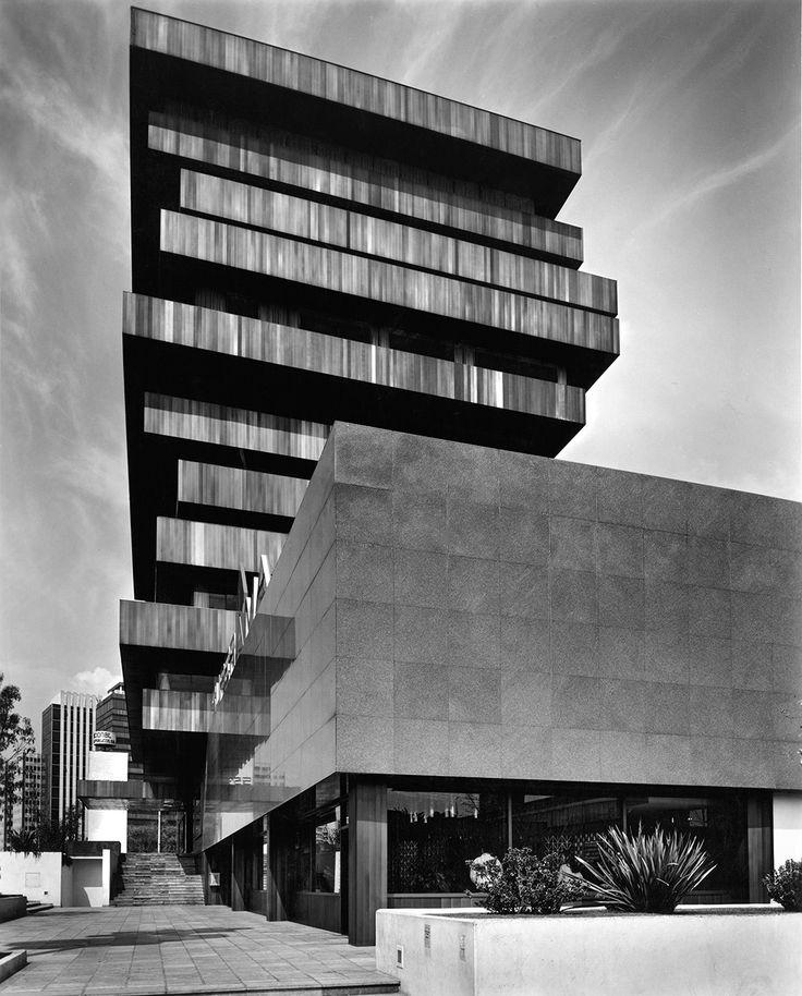 Imagen 2 de 6 de la galería de Clásicos de Arquitectura: Palmas 555 / Sordo Madaleno Arquitectos. Fotografía de Sordo Madaleno Arquitectos, fotografía por Guillermo Zamora