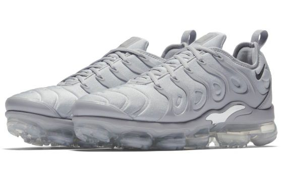 Official Look At The Nike Air VaporMax Plus Triple Grey This Nike Air  VaporMax Plus is d35f7fe8f