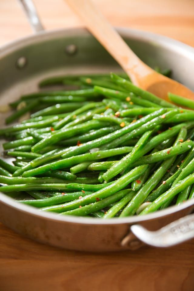 For perfectly cooked green beans that are flavorful, crisp, and tender, you have to employ a quick two-step technique. Here's how to do it.