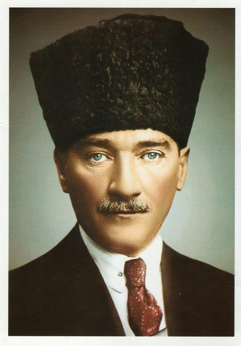 Başbuğ Atatürk'ten bir asıra bedel, dolu dolu 10 yıl... Görsel; Cumhuriyetin 10. yıl kutlamalarından