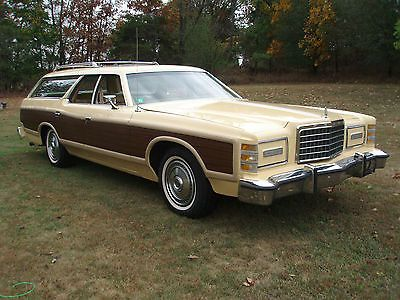 1976 Ford LTD Country Squire.