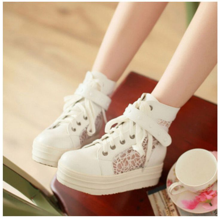 Sweet Sneakers [Korean Fashion]