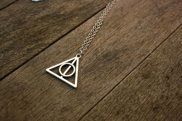Harry Potter Deathly Hallows Rotating Necklace