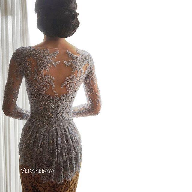 #backdetail #partydress #lace #beads #swarovski #handmade #kebaya #lamaran #batik #backdetails #weddingdress