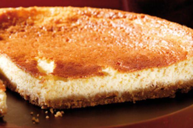 Blueberry & Raspberry Cheese Cake - Quarkkuchen mit Heidelbeer- und Himbeersauce - Annemarie Wildeisen's KOCHEN
