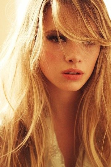 hair styles with curls best 25 side bangs hair ideas on side 8430
