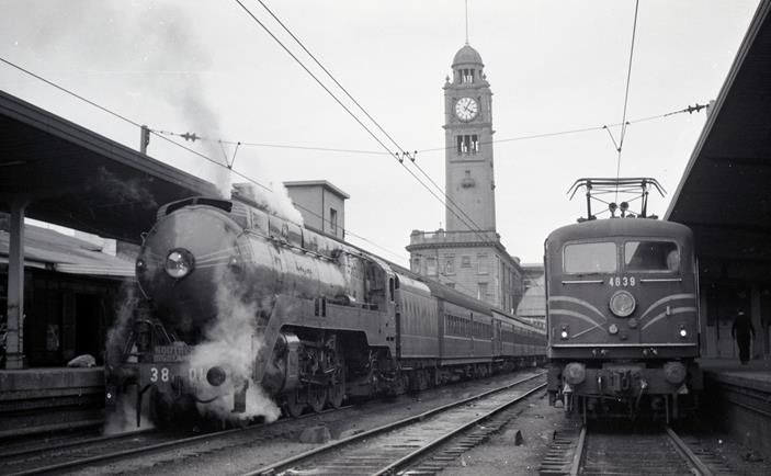 3801 Sydney terminal Southern Highlands Express steam loco in 1960s.
