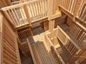 Mike Holmes: How to sand and stain your deck — the proper way