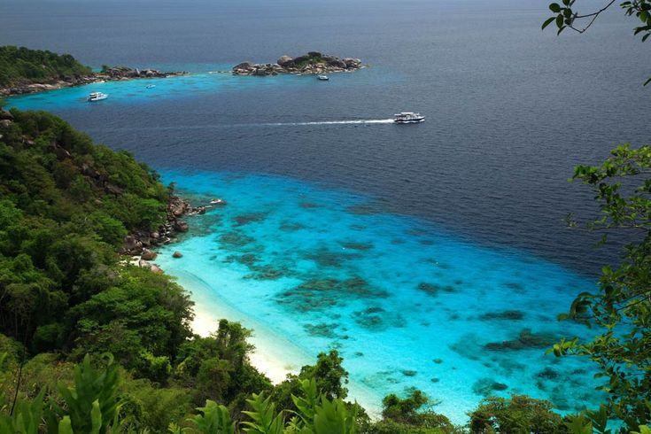 Nam Tok Thi Lo Su in Umphang Wildlife Sanctuary wallpaper | Overview of the National Marine Park Mu Ko Similian, in the province ...