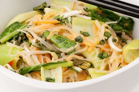 Asian greens and carrot laksa