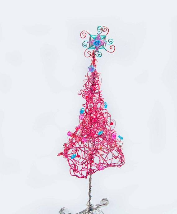 32 best images about recycled sculptures on pinterest - Pink and blue christmas tree ...