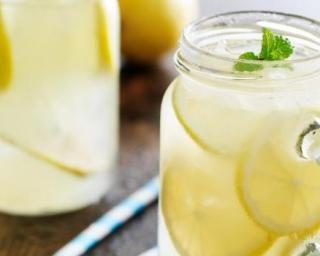 Citronnade à la menthe light anti-grignotage