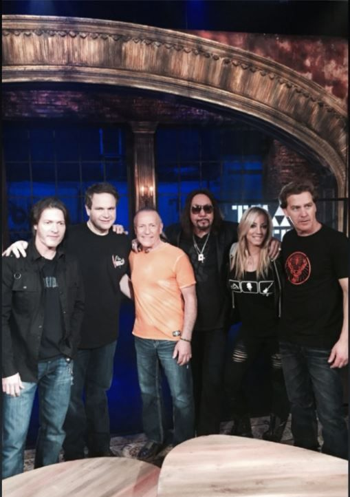 """Mark Farner joins Eddie Trunk for """"THAT METAL SHOW"""" on VH1 Classic! This will be a full Trunk of Funk! This show is scheduled for Saturday night, April 25th at 9:00 pm eastern time!  If you miss it or want to watch it endlessly the show will be posted to the VH1 website. http://www.thatmetalshow.vh1.com"""