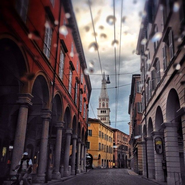 Rainy streets of Modena - Instagram by enrico40