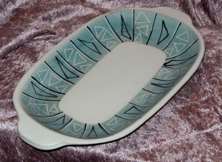A&J HÖGANÄS early 1950s cool awesome retro teal, black & white modernist serving tray from their Eldfast series. Suitable for use in oven.